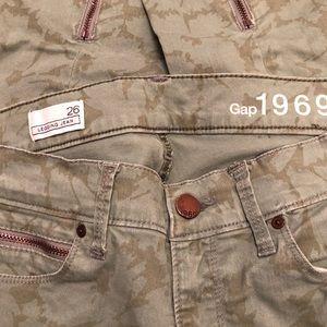 GAP Jeans - GAP 1969 Floral Ankle Zip Legging Jeans